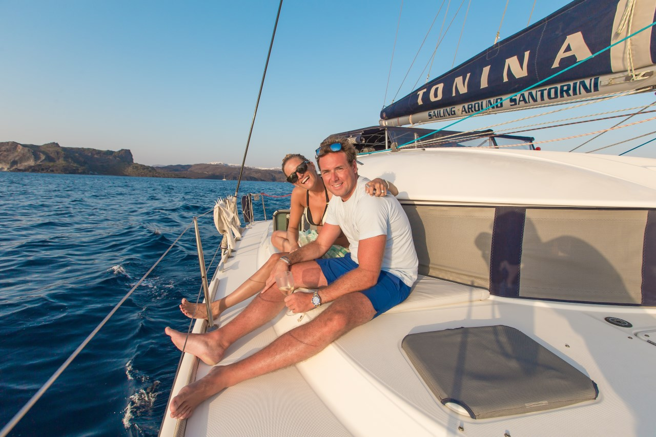 Tailor-Made Full Day Tour (7 hours) to Volcano, Thirasia & Oia